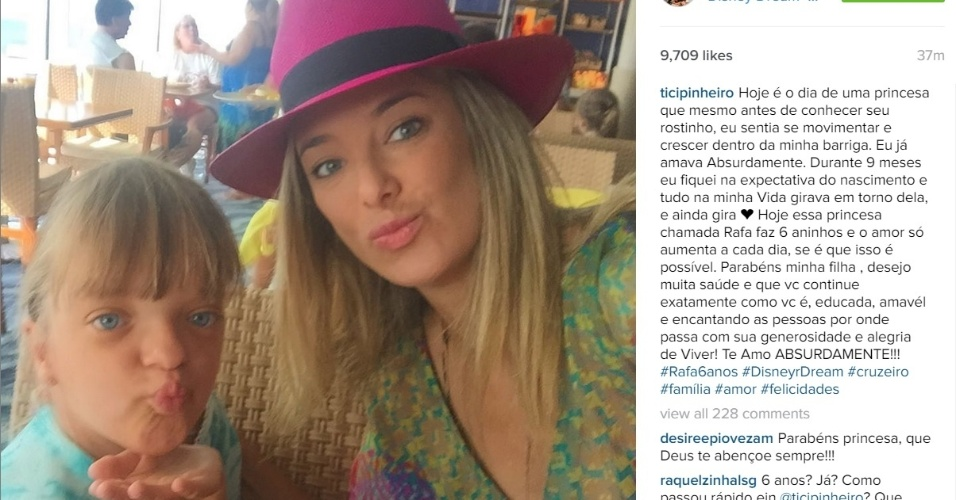 21.jul.2015 - Ticiane Pinheiro parabeniza filha