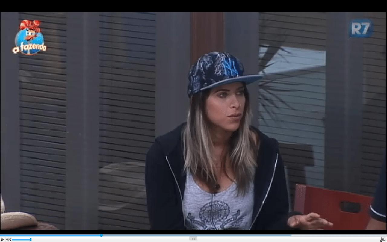 4.dez.2015 - Ana Paula desconfia se seu relacionamento com Thiago Servo irá dar certo: