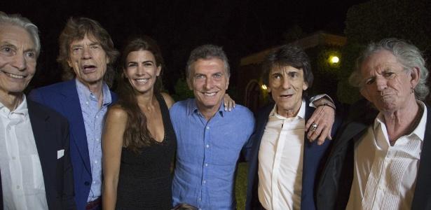 Acompanhado pela família, presidente Mauricio Macri janta com os integrantes da banda Rolling Stones na Argentina