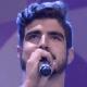 Caio Castro canta no