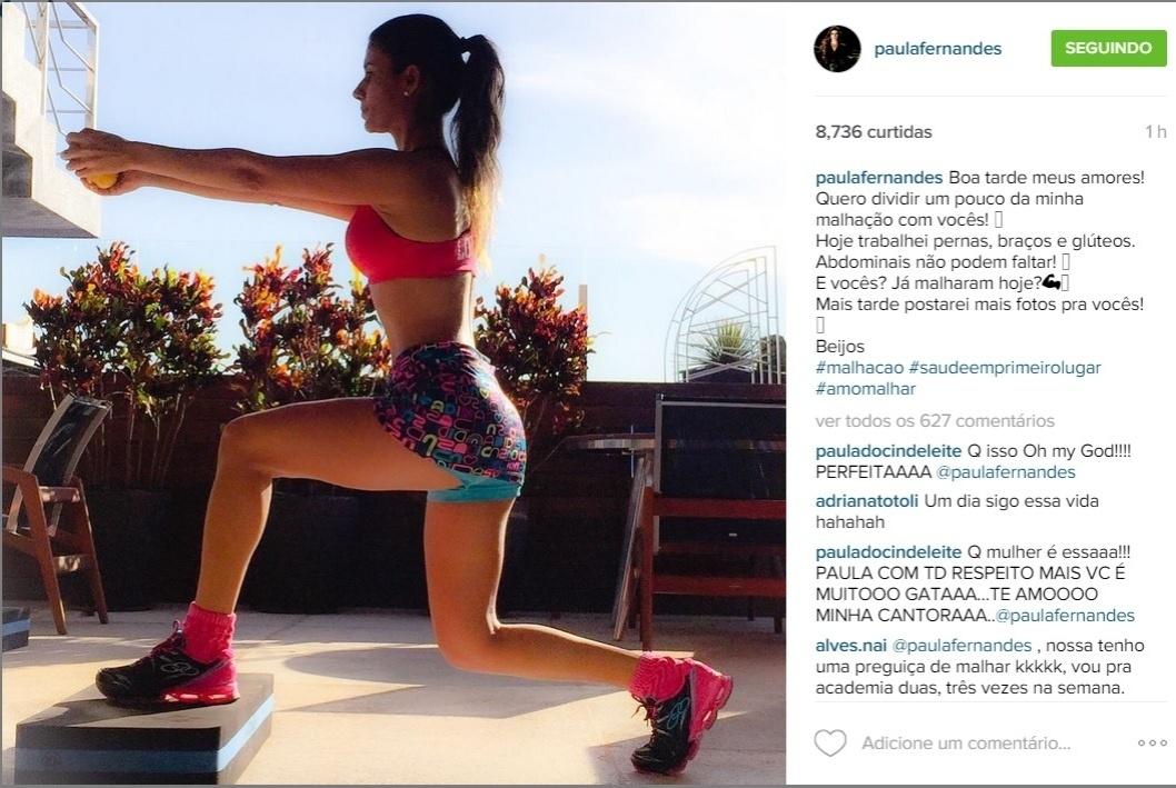 14.jul.2015 - Na tarde desta terça-feira, Paula Fernandes mostrou que está em boa forma ao publicar uma foto no Instagram em que aparece um short curtinho e um top pink.