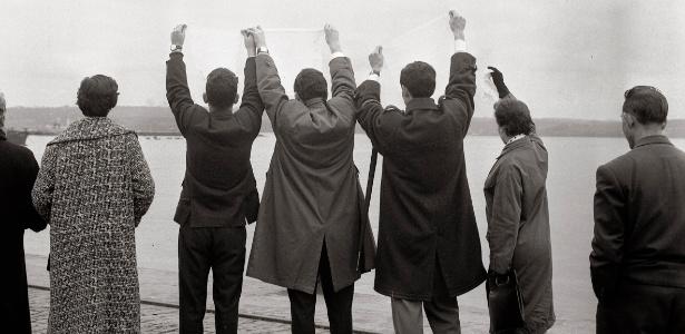 Exposição de fotos em BH traz registro de despedidas nas décadas de 50 e 60