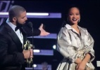 Drake se declara para Rihanna no palco do VMA e fãs comemoram - Reprodução