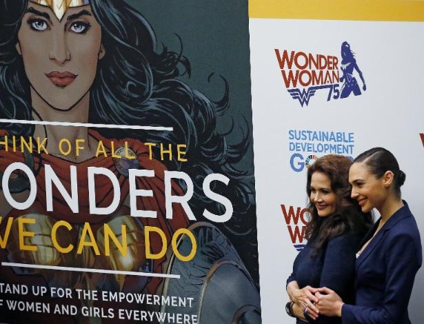 Lynda Carter e Gal Gadot: 2 gerações da Mulher-Maravilha finalmente juntas
