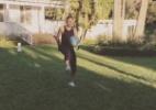 Neymar joga bola com Justin Bieber na casa do cantor; veja o vídeo - Reprodução /Instagram /justinbieber