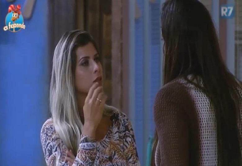 27.out.2015 - Ana Paula Minerato é clara com Rebeca Gusmão: