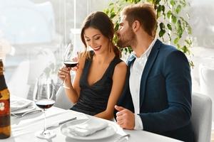 Diante de uma proposta de sexo no primeiro encontro, quem é você?  (Foto: Getty Images)