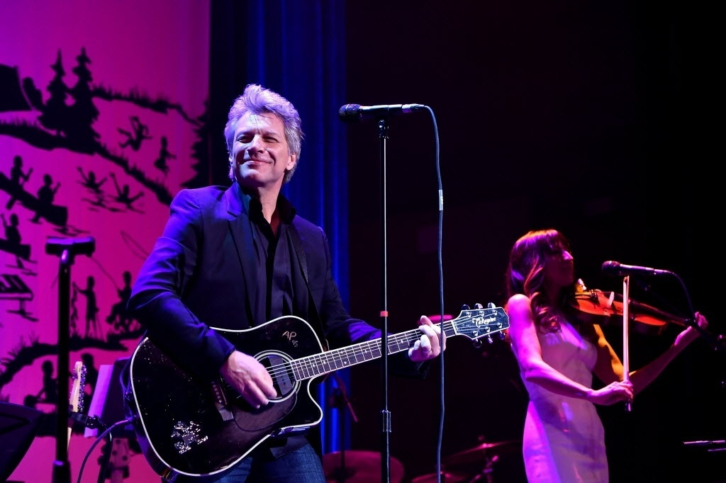 06.jun.2016 - Jon Bon Jovi se apresenta no SeriousFun Children's Network, em Nova York