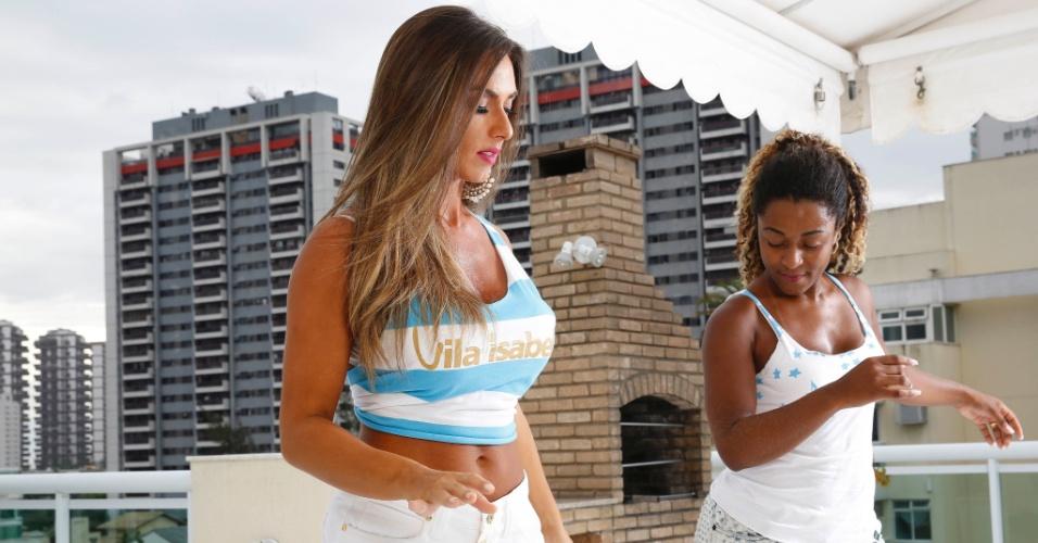 12.jan.2016 - Para não fazer feio na Avenida no SEU primeiro ano como musa da Vila Isabel, Nicole Bahls começou a fazer aulas de samba com a passista Dandara, que em 2016 completa 20 anos de Vila e de Carnaval. A primeira aula ocorreu no apartamento da modelo, na Barra da Tijuca