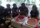 Você encara? Restaurante da Indonésia usa latrinas como pratos - BaroIndra/Twitter