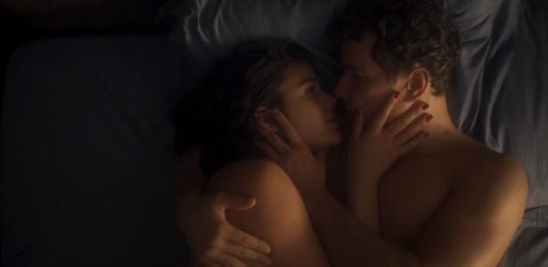 """Bruna Marquezine e Daniel Oliveira em cena de """"Nada Será Como Antes"""""""
