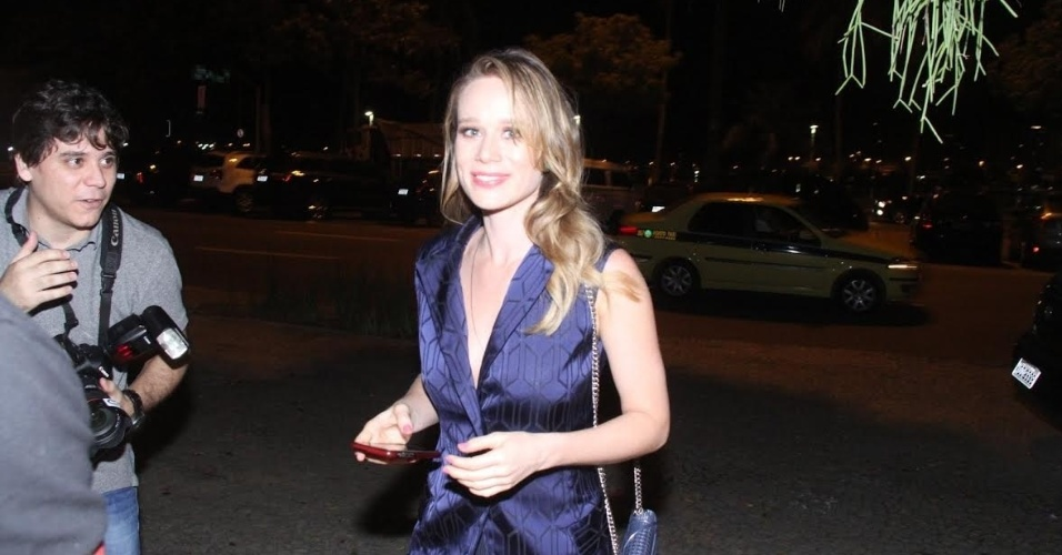 2.set.2015 - A atriz Mariana Ximenes comparece ao aniversário de Cleo Pires no Rio