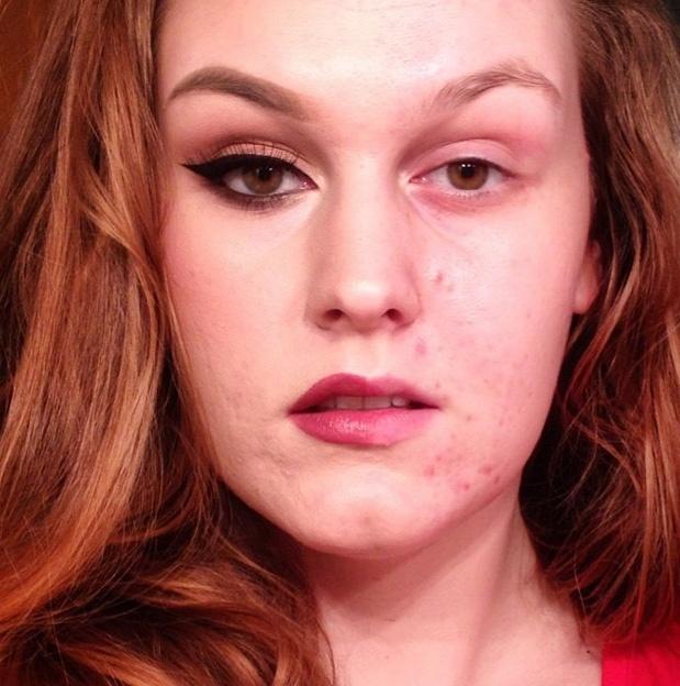 Algumas mulheres recebiam críticas ao publicar selfies mostrando a maquiagem ou por gostarem de ler sobre o assunto