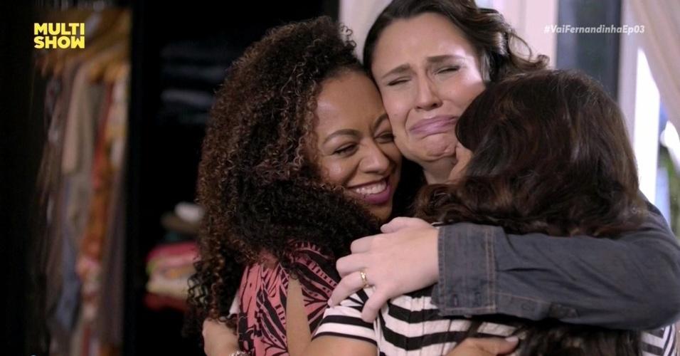 Aretha Oliveira, Francis Helena Cozta e Fernanda Souza se emocionam em