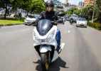 Honda PCX 2016 com start/stop fica mais eficiente a R$ 10.299; assista - Divulgação