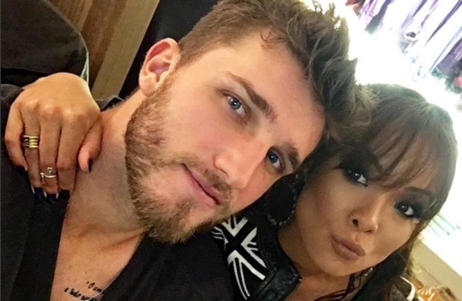 Carol Nakamura e o namorado, o jogador de futebol Aislan Lottici
