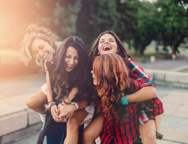 Não ter amigos faz tão mal quanto não praticar exercícios físicos
