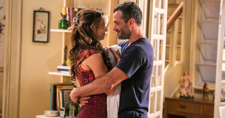 Tancinha (Mariana Ximenez) e Apolo (Malvino Salvador) são os protagonistas de