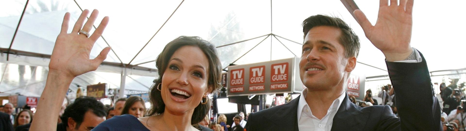 25.jan.2009 - Angelina Jolie e Brad Pitt no tapete vermelho do Screen Actors Guild Awards em Los Angeles