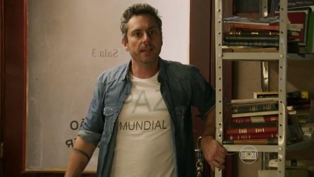 As camisetas de Romero Rômulo fazem sucesso nas redes sociais. Quando usou a camiseta