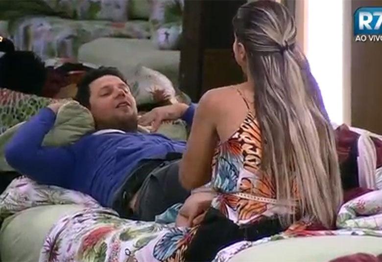 30.out.2015 - Thiago Servo prometeu a Ana Paula que se saísse de