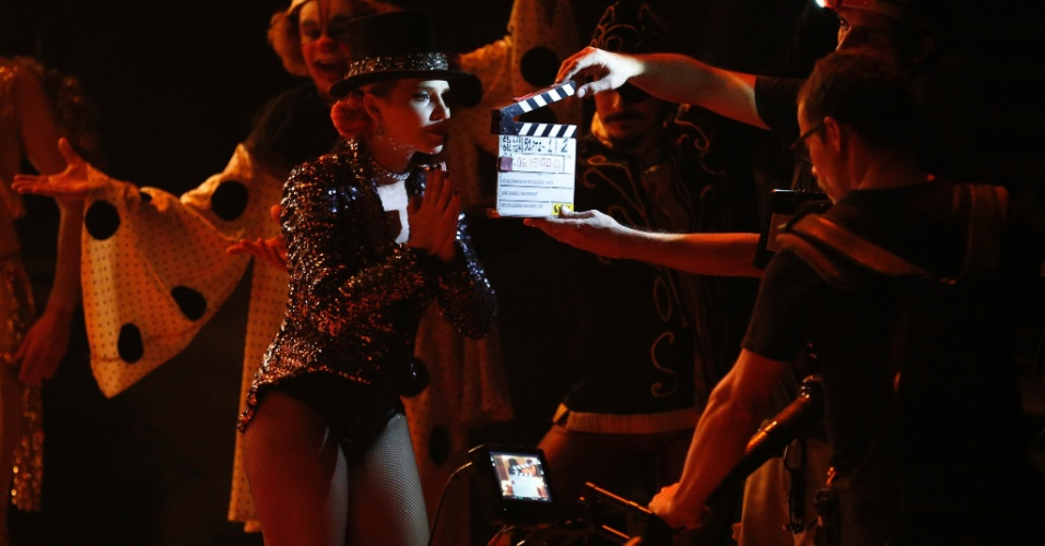 Letícia Colin volta ao ambiente circense após o espetáculo