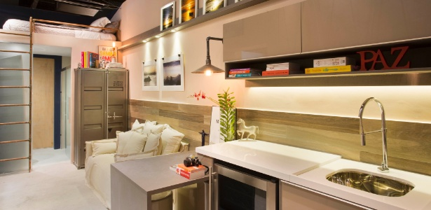 Camila Mesquita e Paula Werneck criaram uma casa confortável em um espaço estreito