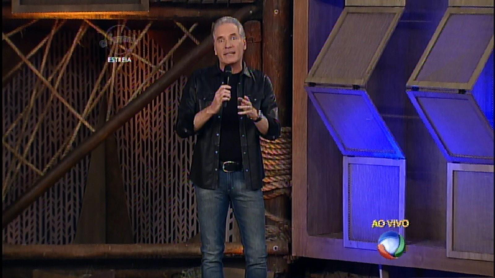 23.set.2015 - Roberto Justus estreia no comando da oitava temporada de