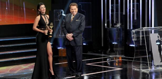 Paula Fernandes e Silvio Santos no Troféu Imprensa deste ano