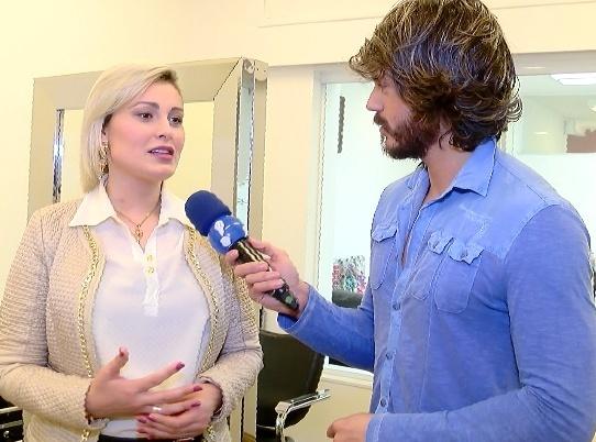 20.jul.2015 - Andressa Urach fala sobre sua nova postura em programa de TV