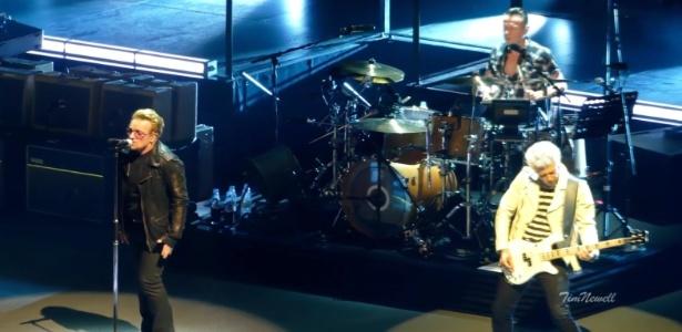 """O U2 tocou """"Glória"""" durante a turnê de cinco shows que está fazendo em Chicago"""