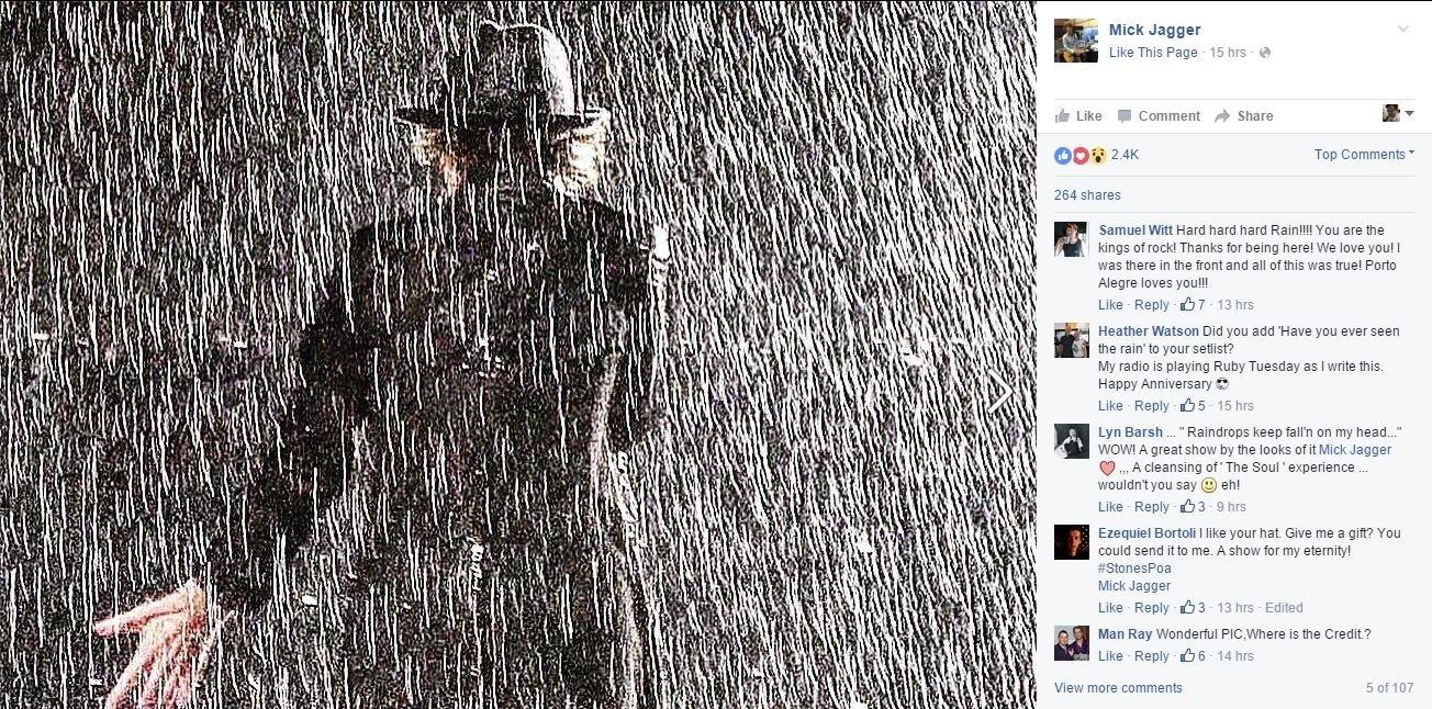 Foto divulgada por Mick Jagger durante show realizado em Porto Alegre, na quarta-feira (2), debaixo de forte chuva