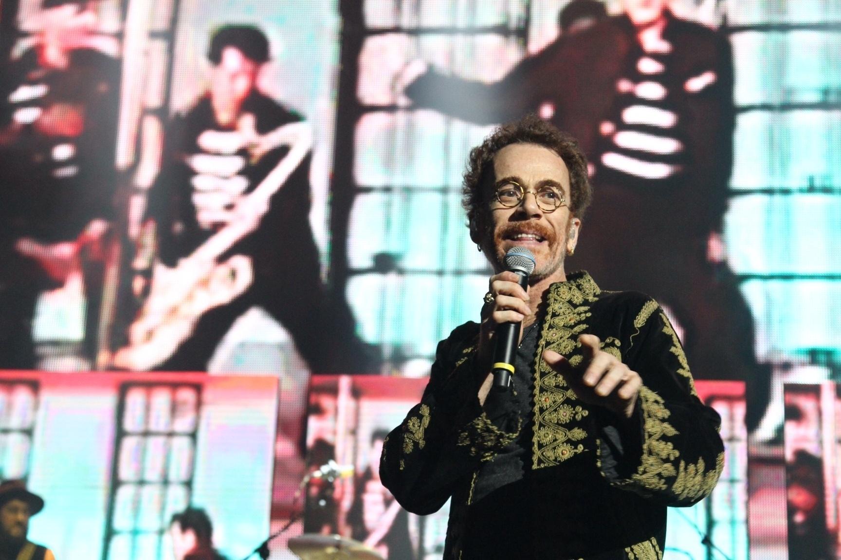 15.mar.2016 - Nando Reis participa de premiere de projeto que celebra o rock brasileiro
