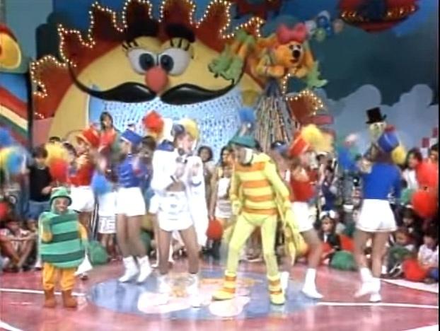 """Praga, Xuxa e Dengue no palco do """"Xou da Xuxa"""""""