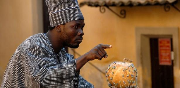 Festival de contação de histórias traz artistas do Congo e Burkina Faso