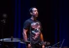 """Vencedor do Grammy, baterista de """"Birdman"""" faz trilha ao vivo no Ibirapuera - Rogério Canella/UOL"""