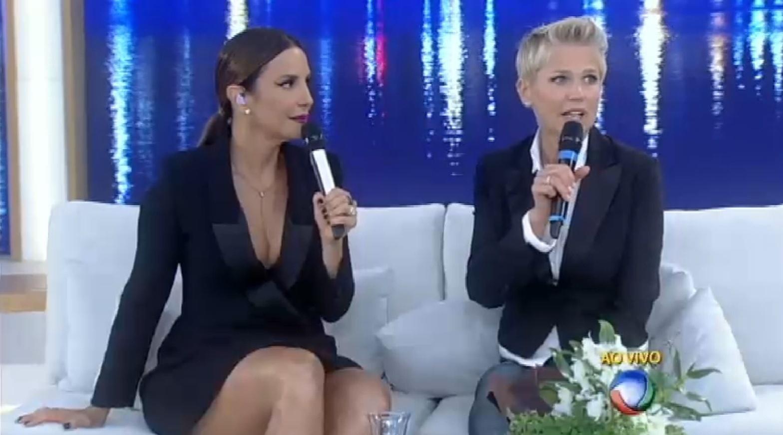 7.set.2015 - Durante o seu programa, Xuxa fala sobre os boatos de que teria vivido um affair com Ivete.