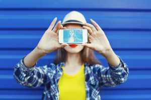 Qual é a sua relação com as selfies? (Foto: Getty Images)