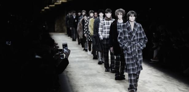 """O look """"pijamão"""" foi visto em desfiles como o da marca Fendi, parte da programação da Semana de Moda Masculina de Milão"""
