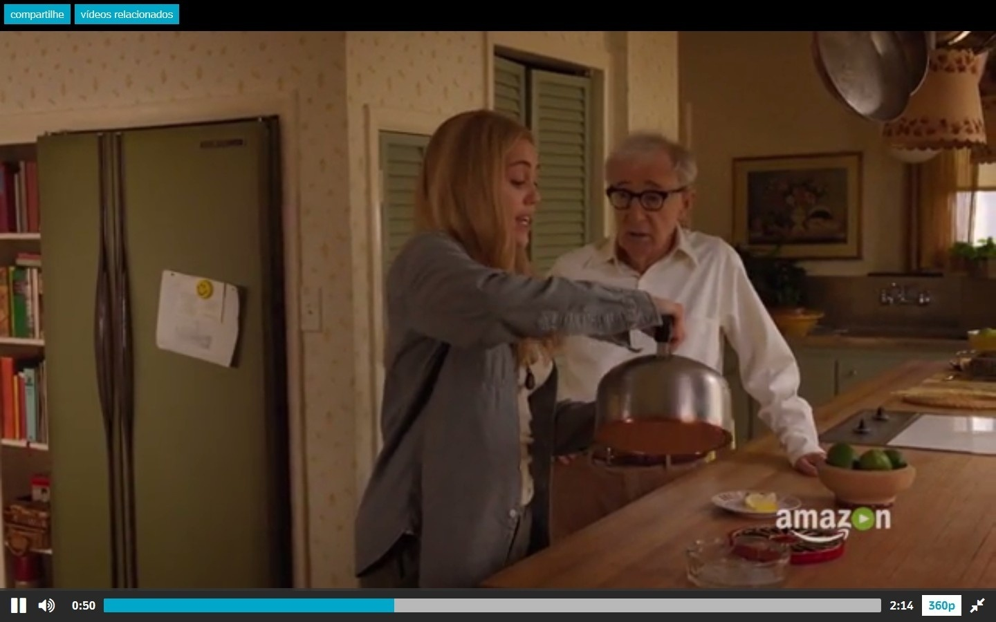2016 - Miley Cyrus e Woody Allen no trailer da série