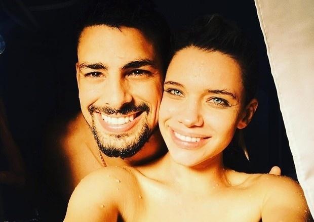 23.dez.2015- A parceria de Cauã Reymond e Bruna Linzmeyer na novela