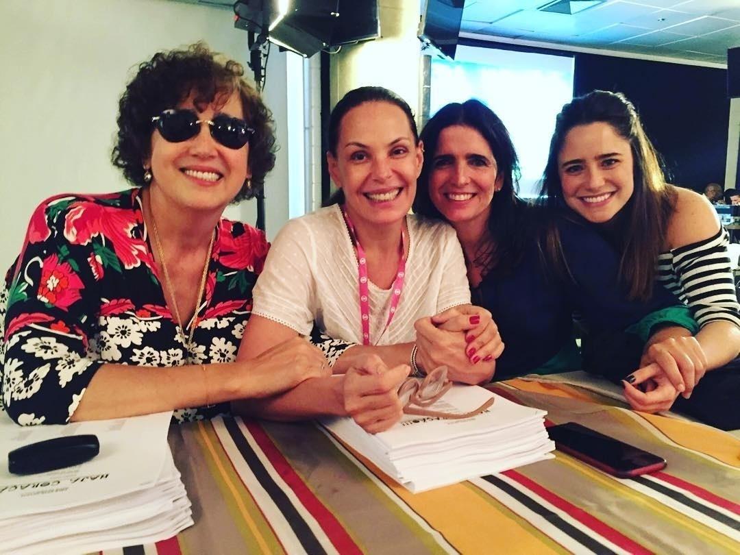 Claudia Jimenez, Carolina Ferraz, Malu Mader e Fernanda Vasconcellos em leitura de
