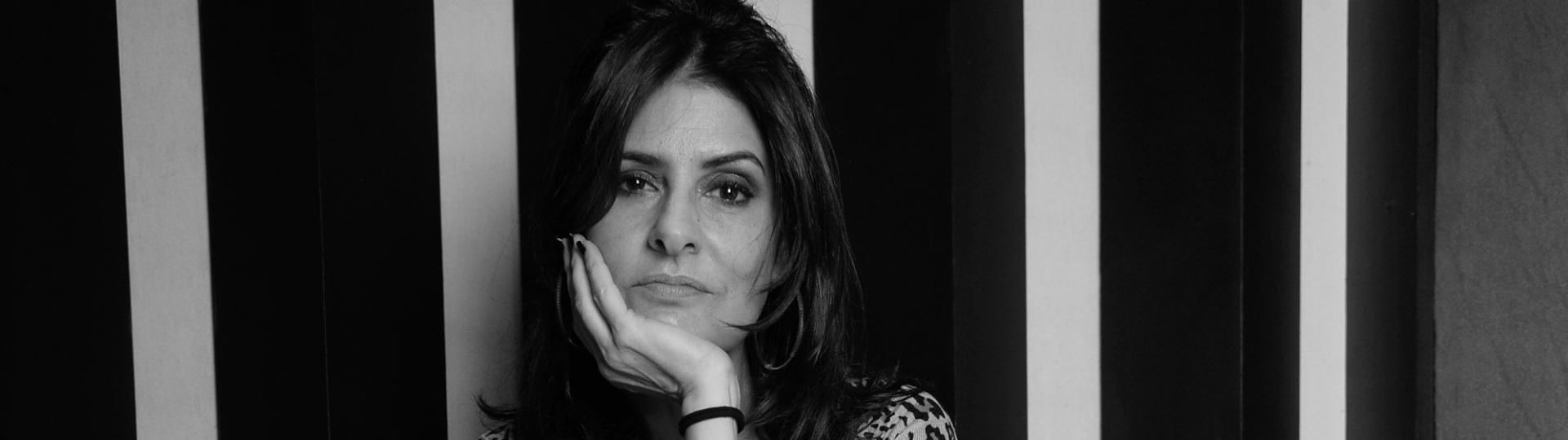 4.jun.2016 - A cantora Fernanda Abreu em seu estúdio no Rio de Janeiro recebeu a reportagem do UOL para falar sobre seu mais recente álbum,