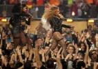 Beyoncé não se abala por tropeço e lidera show do intervalo do Super Bowl - Getty Images