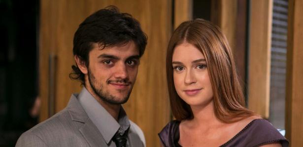 """Jonatas (Felipe Simas) e Eliza (Marina Ruy Barbosa) em """"Totalmente Demais"""""""