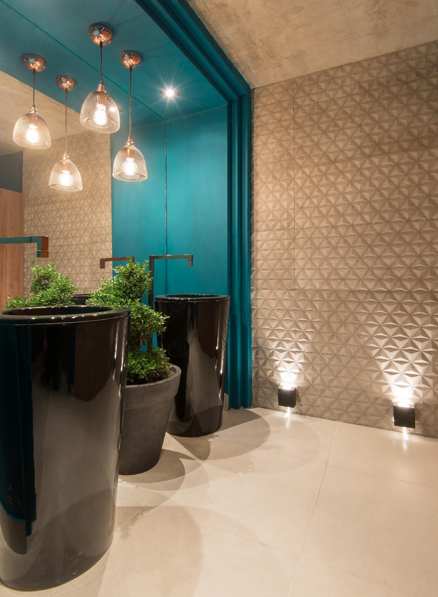 no banheiro disponibilizado para o publico com o projeto banho publico  #115258 1407 1920