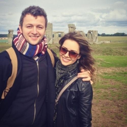 12.set.2016 - Sandy fez uma declaração para o marido, o músico Lucas Lima, no dia em que o casal completa o oitavo aniversário de casamento.