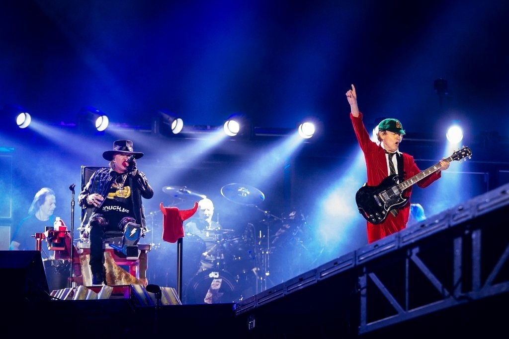 AC/DC com Axl Rose se apresenta em Lisboa, Portugal