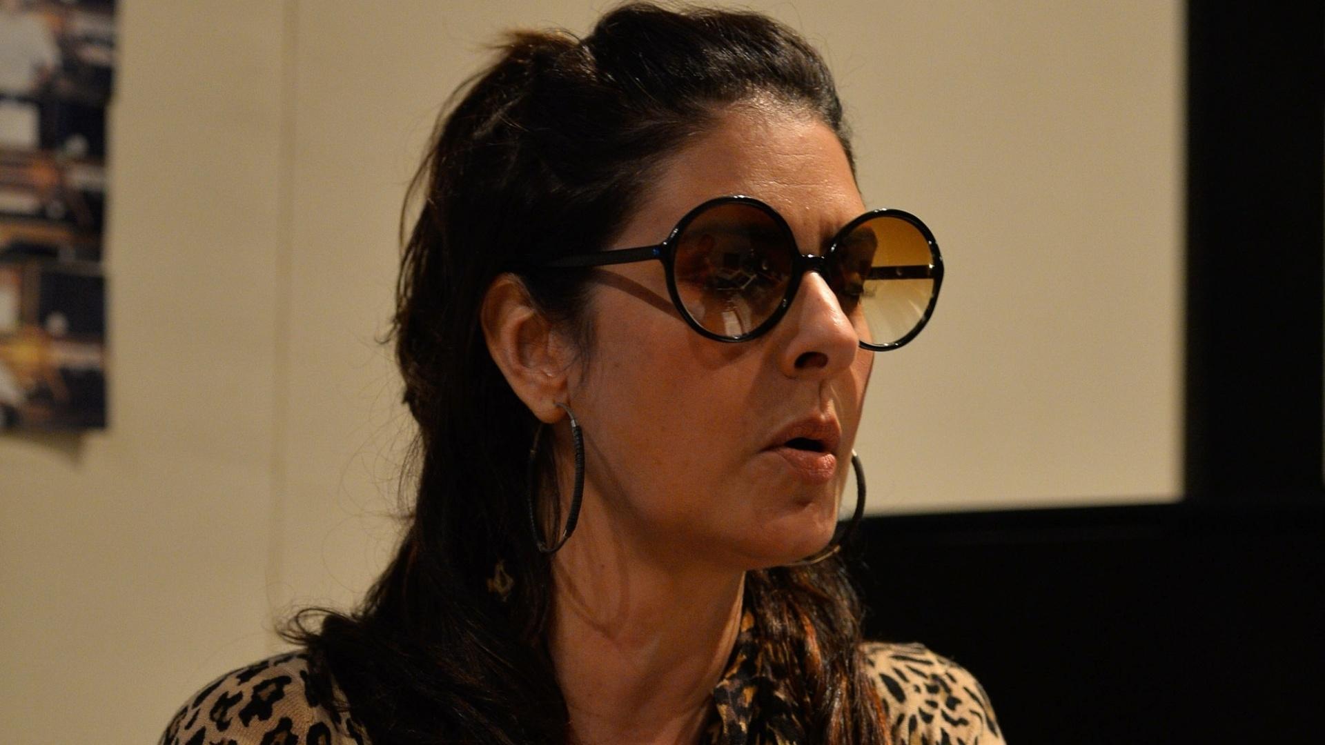 4.jun.2016 - Fernanda Abreu em seu estúdio no Rio de Janeiro