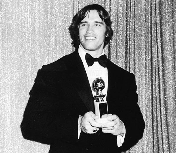 Arnold Schawnegger vence o Globo de Ouro em 1977